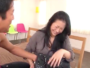 Lovely dark-haired screams in utmost pleasure with her hairy twat getting a hard-core smashing