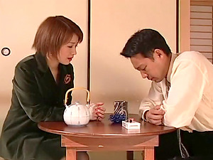Good Japanese wifey blows her stressed out hubby's dick