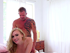 Sexy blonde doll in a boulder-holder gets fucked in her smooth-shaven cunt