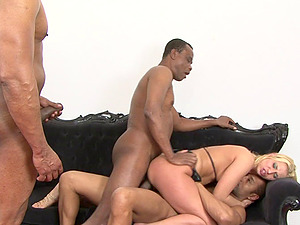 Linda playthings ahead of an orgasmic pounding and a facial cumshot in this groupsex orgy