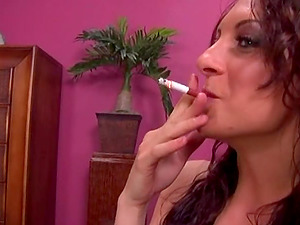 Hoe puts out her ciggy before she gets fucked hard-core