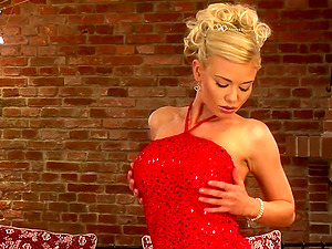 Glamour blonde in a cocktail sundress gets naked and fucktoys her labia