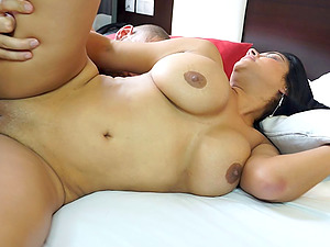Buxom bod honey with big tits covets a good fucking