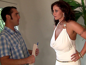 Sultry dark-haired Eva takes the dick very deep into her innards