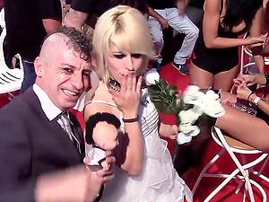 La porno boda de Nora Barcelona y RatPenat SEB 2015