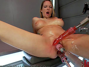 Big Titted Tattooed Blonde Beauty Squirting to a Triple Machine Fuck