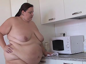 Chubbiest honey ever has some joy with her kinky bang-out plaything