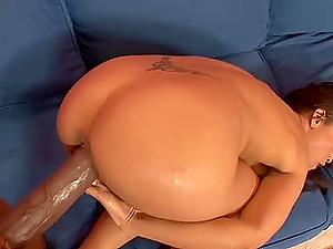 Petite Latina Jayna Oso milks a monster manstick dry of jism