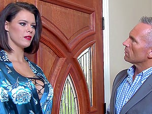 Sexy Peta Jensen lets the fucking partner screw her in all the different poses