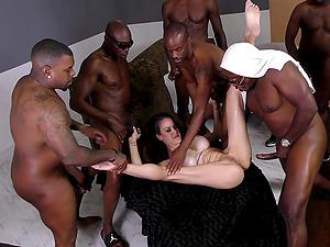 Lengthy black schlongs bringing the milky chick a tremendous pleasure
