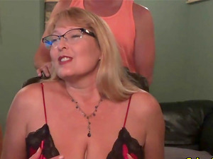 Mature Squirting Mom and Dad Flick Gauze Exposed