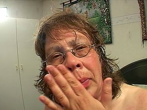 Superb closeup shoot of matured BBW in glasses being throbbed