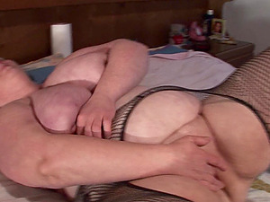 promiscuous mature fatty gets her raw snatch drilled with a hard shaft