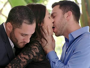 Kinky dark haired likes her time with two killer guys and their schlongs