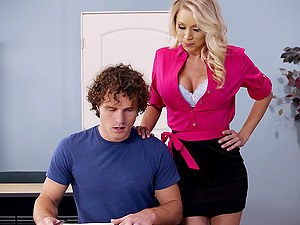 No one in the world rails the dick like Katie Morgan does!