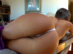 Bootylicious stunner still pridefully exposes her brilliant pair of ass cheeks