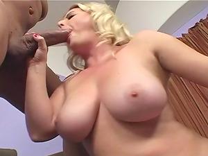 Randy hump princess masturbates before getting weird with a stud