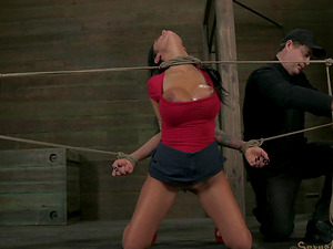 Angelina Valentine's amazing bod goes to a Bondage & discipline treatment