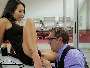 Asian-American ultra-cutie and the nerdy boy's man sausage inwards her cunny