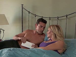Stormy Daniels wakes up for her gorgeous stud's erected dong