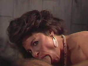 Mummy with a antique haircut getting shagged by her hairy paramour