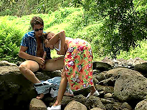 Romantic picnic makes a uber-cute dark-haired want to fuck hard