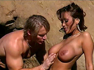 Kira Kener loves being ravished by her paramour in an outdoor fuck game