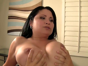 Buxom Cougar Sophia Lomeli Loves Youthful Dick