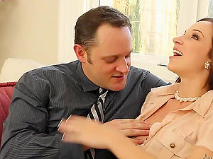 Jada Stevens gives a fellatio to Alec Knight and rails his dick