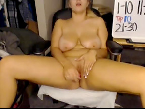 Big-titted Webcam Female Faux-cocks Her Cootchie