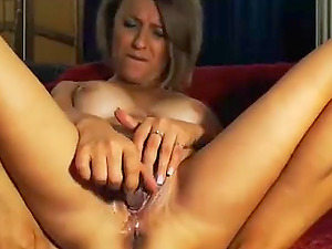 Cougar Wants You to Taunt Her Beaver with a big finger