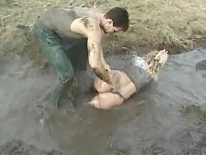 Randy woman fucked in mud by a labia longing stallion