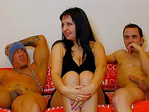 Big booty Ris Dar worked on hardcore in threesome porn