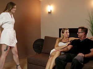 Erotic lesbian experience for Zoey Monroe and Ella Nova