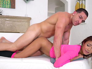 Jade Jantzen cannot resist a handsome man's big dick