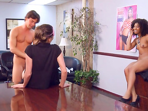Victoria Lawson joins a bunch of horny friends for an orgy