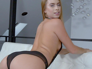 Jill Kassidy enjoys choking on a fortunate lover's boner