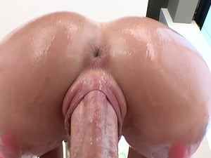 Lilly Ford lets a guy penetrate her pussy and her tight anus