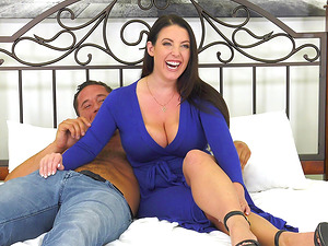 Angela White shows off her cock riding skills to a lucky man