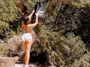 Outdoor shagging session for Karlee Grey and Jojo Kiss