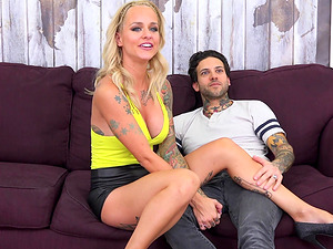 Sammie Six is a gorgeous blonde craving a tattooed man's prick