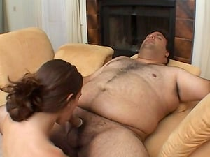 Petite vixen Jackie Ashe wants to ride an obese man's boner