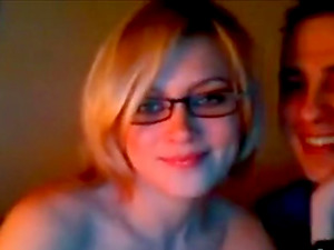 Shameful couple's foreplay & fuck on livecam