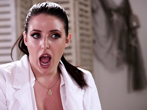 Serena Blair and Angela White love feeling each other's pussies