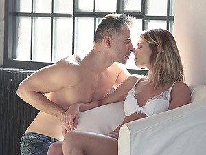 Romantic sex session with insatiable blonde Lara West
