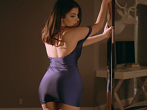 Great lovemaking session with naughty babe Valentina Nappi