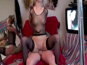 A webcam couple fucks in front of the webcam while a smut video