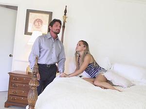 Ashley Lovebug is a chick with braids craving a massive boner