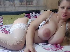 Amazing chubby cam girl masturbation till orgasm