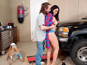 Fucking a bosomy black-haired nympho Skyla Novea in a garage